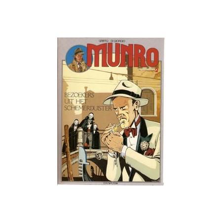 Munro 02 Bezoekers uit het schemerduister 1e druk 1989