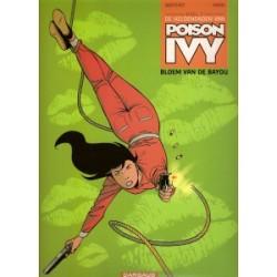 Poison Ivy 01 Bloem van de Bayou