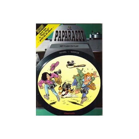 Paparazzi 01% Met flash en flair 1e druk 1996