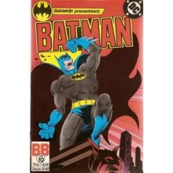 Batman 010<br>Wie sluipt daar door de nacht?