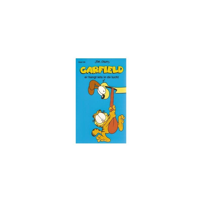 Garfield pocket 69 Er hangt iets in de lucht