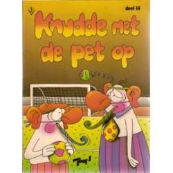 FC Knudde<br>14 Knudde met de pet op<br>herdruk