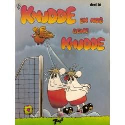FC Knudde<br>16 Knudde en nog eens knudde<br>herdruk gebobbeld