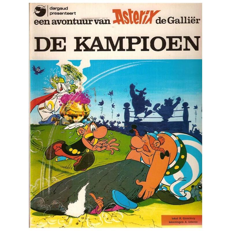 Asterix 07 De kampioen herdruk Dargaud