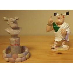 Asterix tinfiguren 4165 Nogalfix de kampioen met zijn borstbeeld