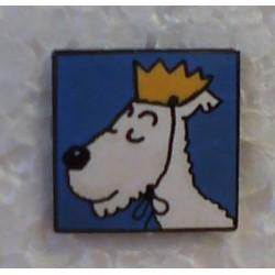 Kuifje speldje Bobbie met kroon