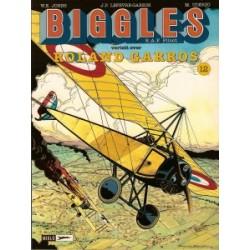 Biggles<br>vertelt over 12 Roland Garros