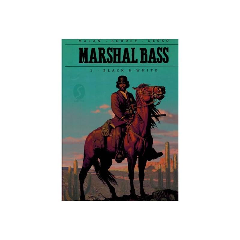 Marshal Bass HC 01 Black & white