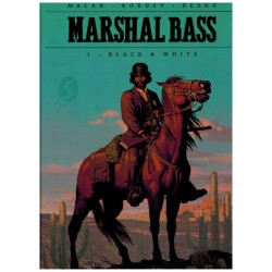 Marshal Bass HC 01 Black & white