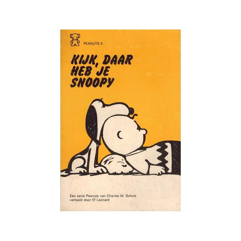 Peanuts Zwarte beertjes pocket 05 Kijk, daar heb je Snoopy 1e druk 1971