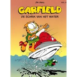 Garfield  album 121 De schrik van het water