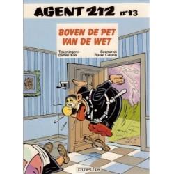 Agent 212 13<br>Boven de pet van de wet